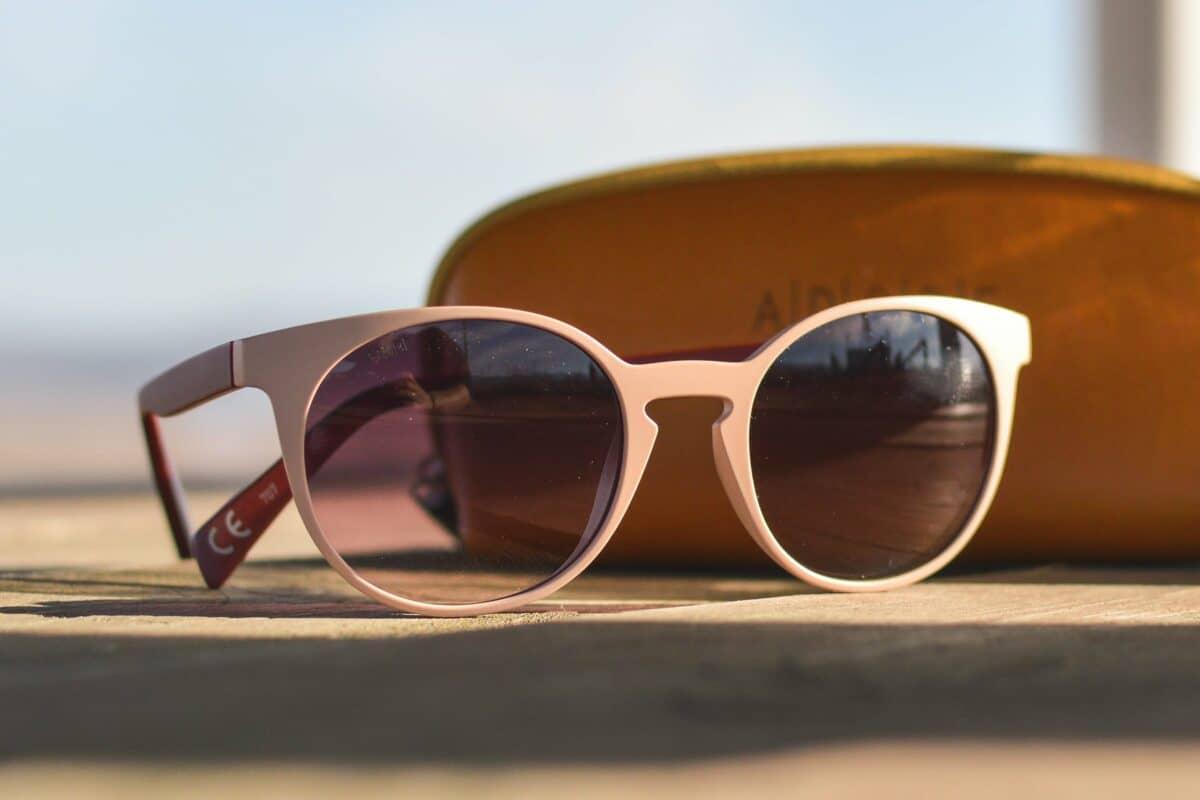 Sonnenbrille Kontaktlinse UV-Schutz
