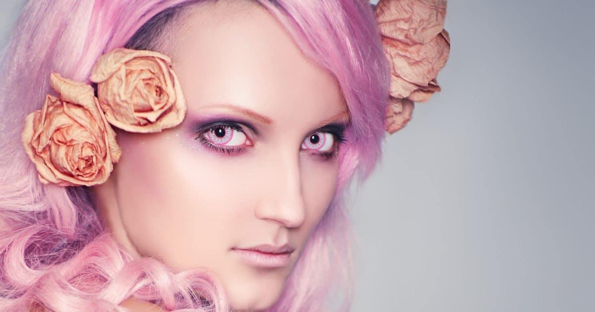 Kontaktlinsen zu Karneval mit Stärke