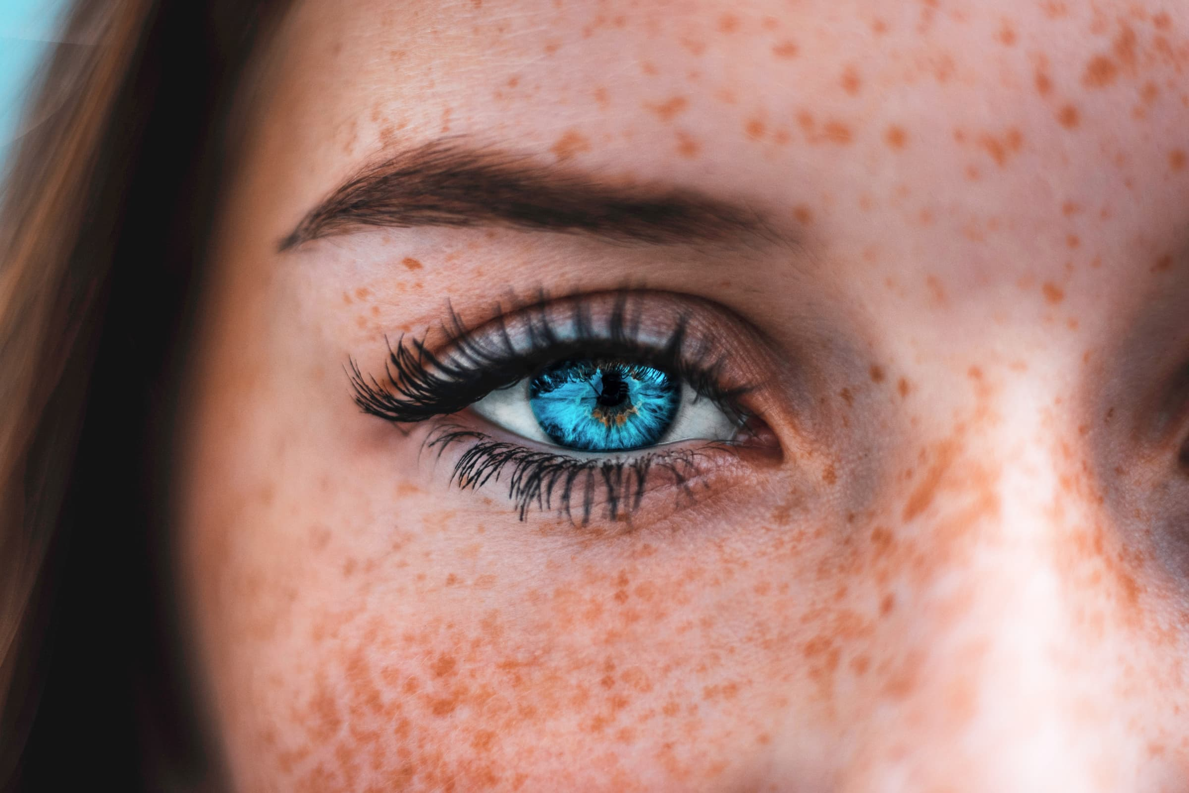 Kontaktlinse verloren im auge